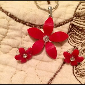 Jewelry - Red flower jewelry